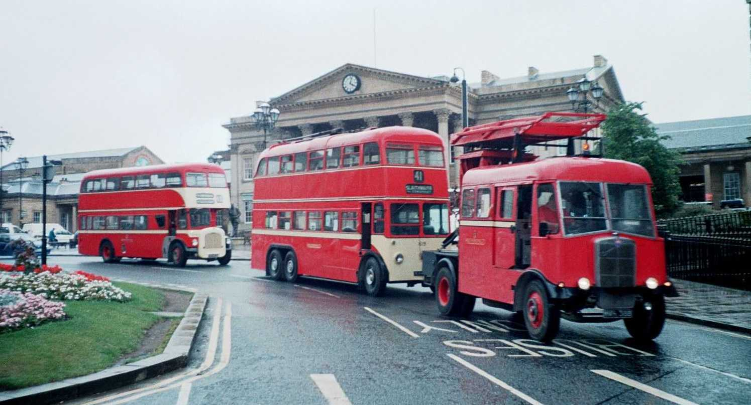 Huddersfield Trolleybus 619 in St. George's Square